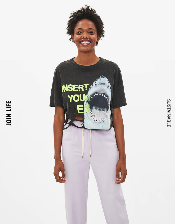 Camiseta con estampado tiburón