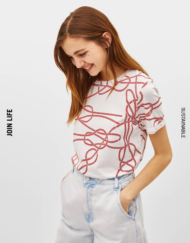 T-shirt con stampa a tema marino