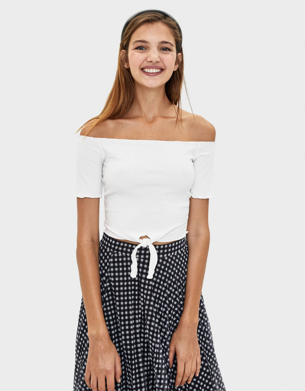 Cropped off-the-shoulder T-shirt