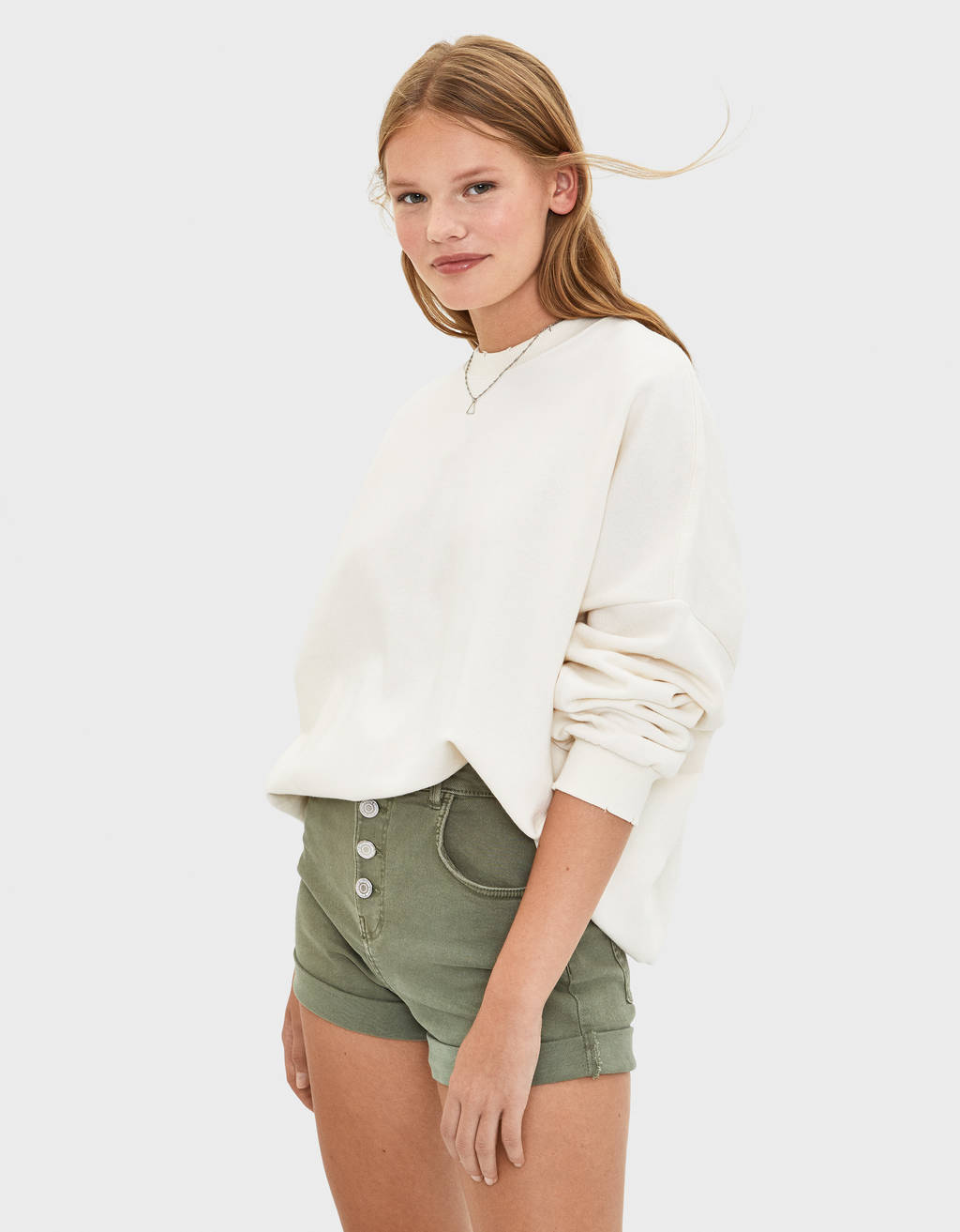 High waist shorts with buttons