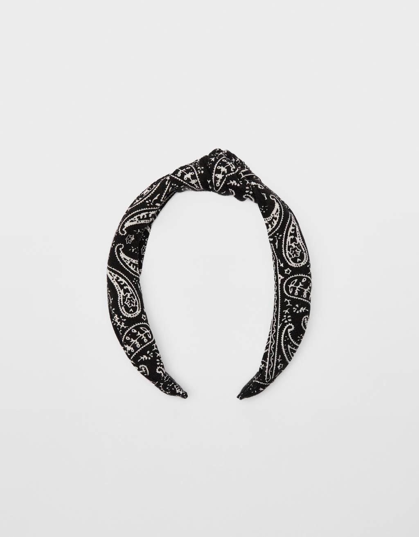 Bandanna-style headband