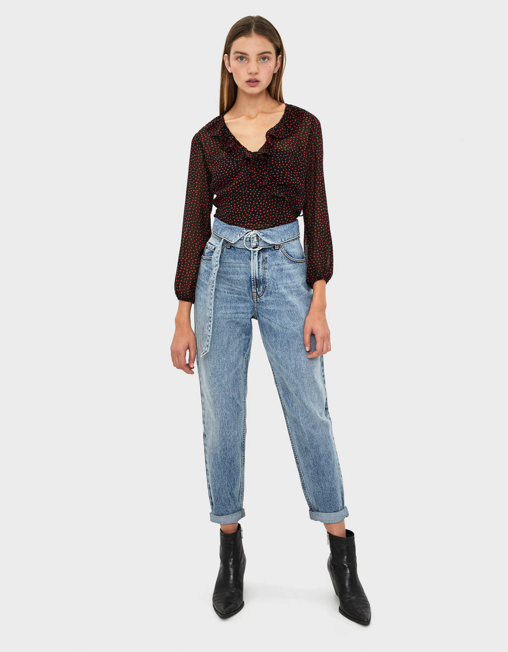 Mom jeans with belt