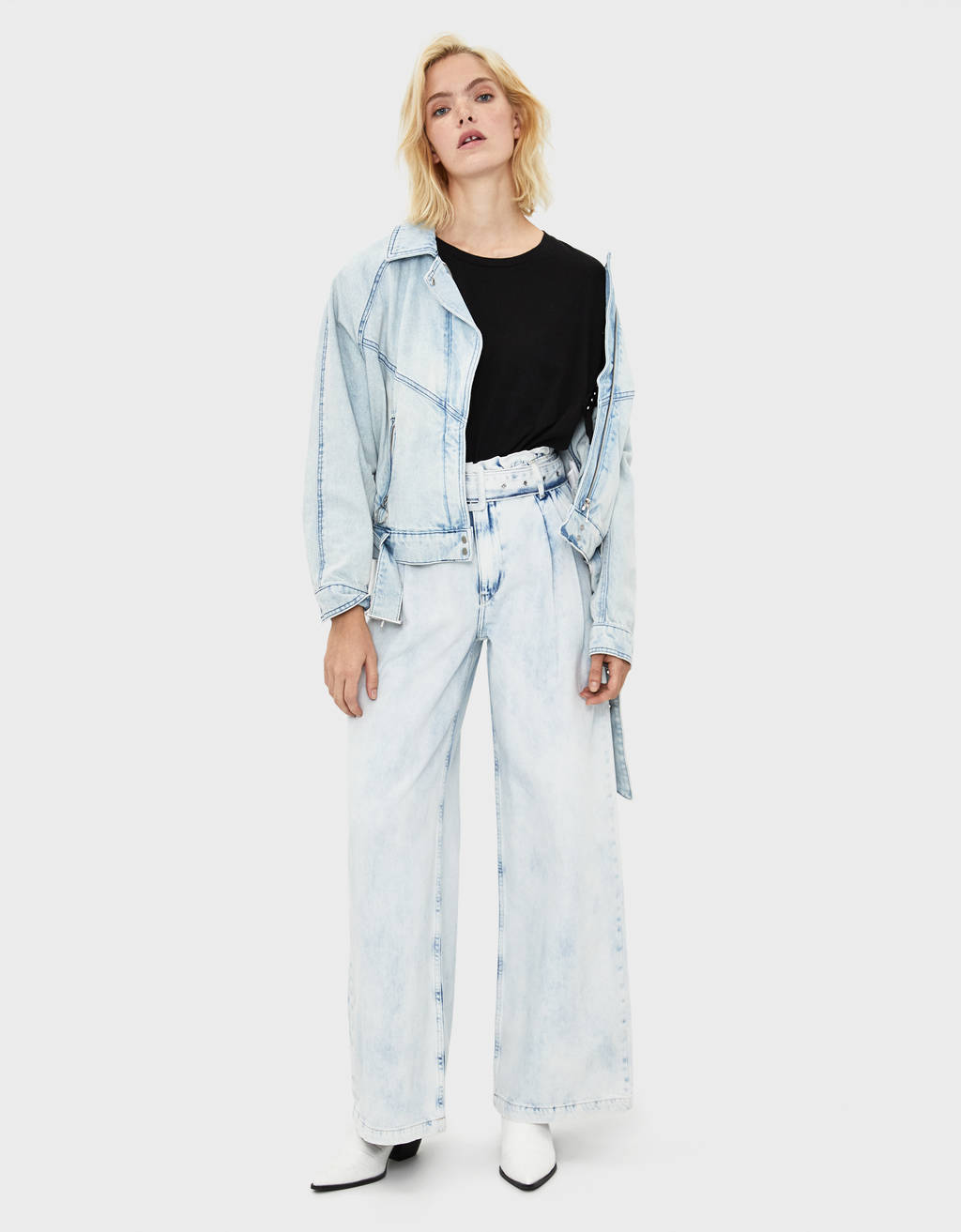 Belted wide-leg jeans