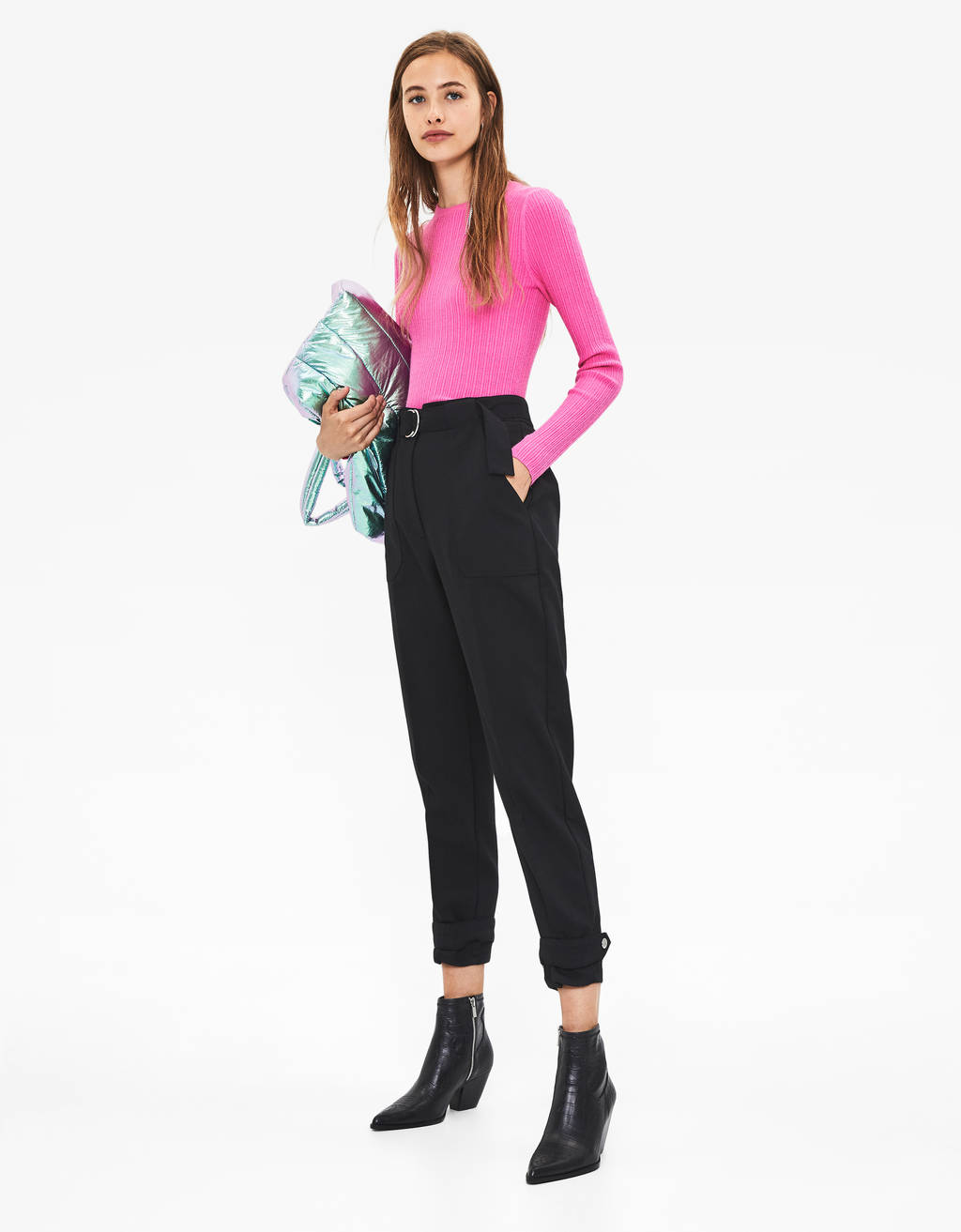 Tailored pants with belt