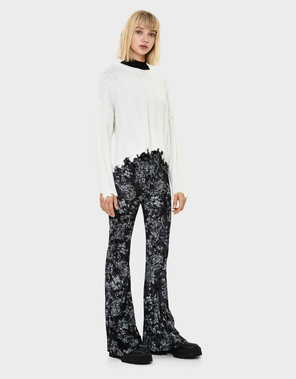 Printed velvet flared trousers