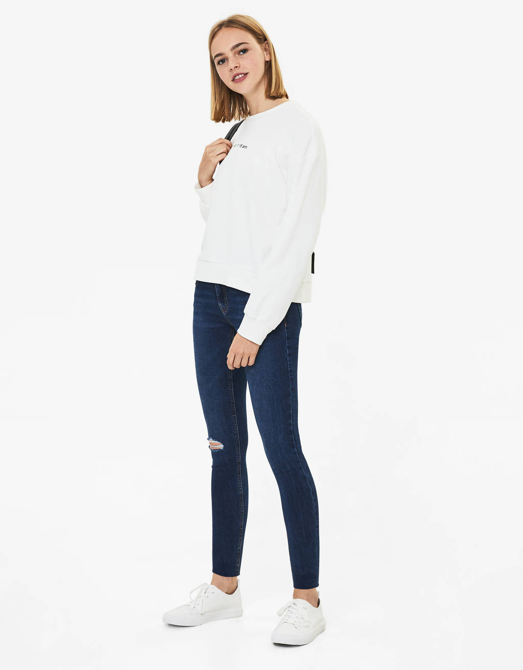 Mid-rise push-up jeans