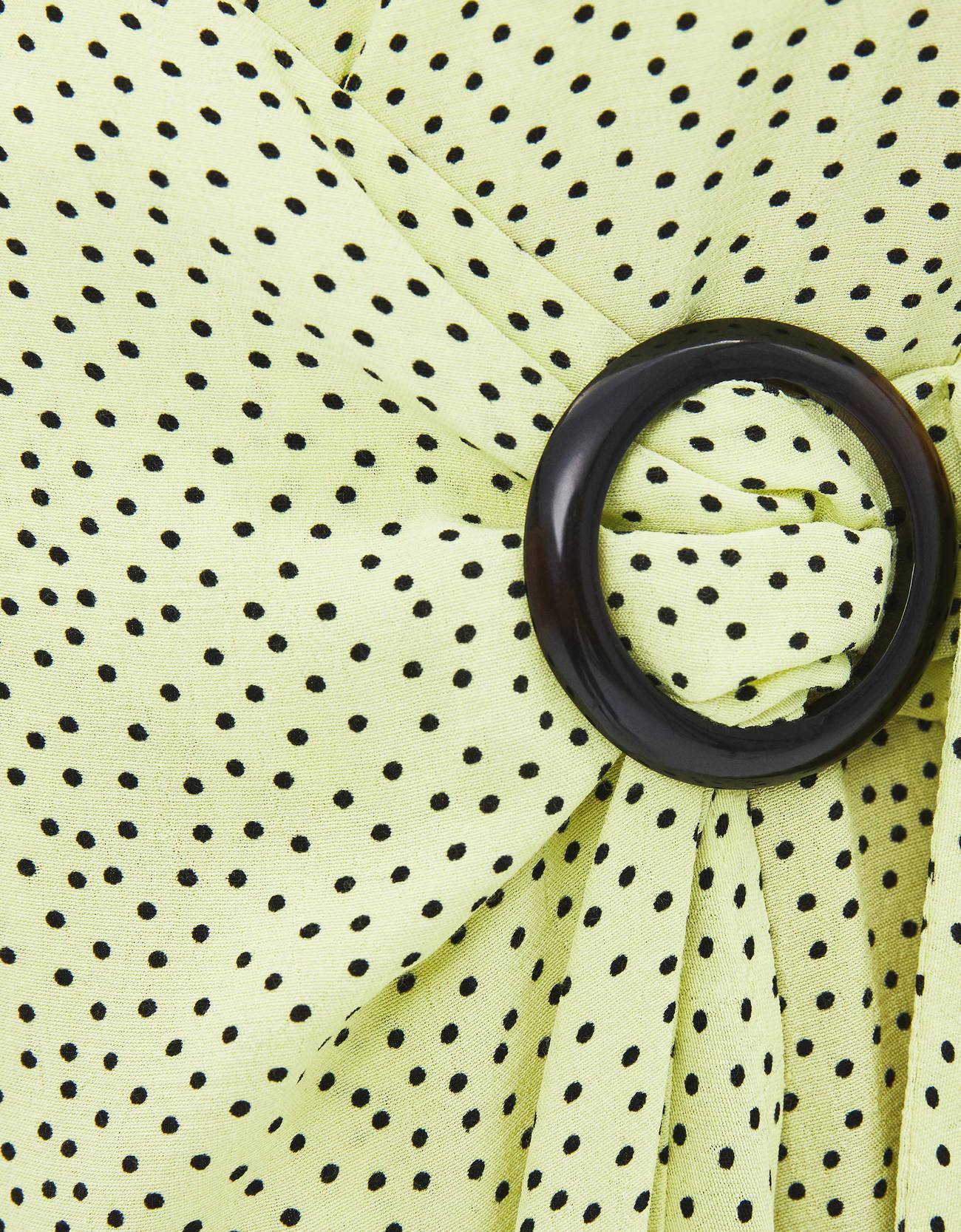 Платье с принтом на бретелях и запахе Лайм  Bershka