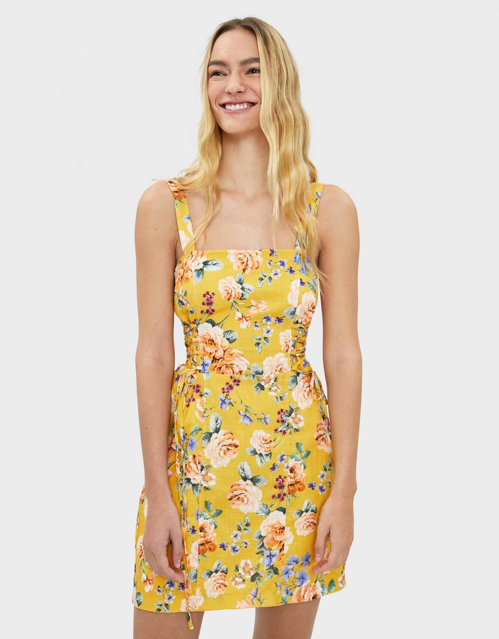 6b9ec4c8af6cb Robes pour femme - Soldes d'été 2019 | Bershka