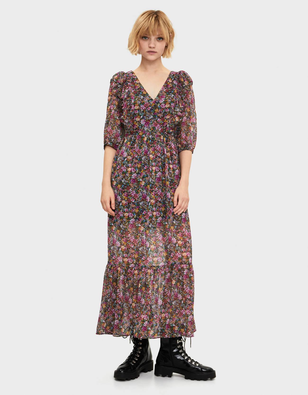 Длинное платье с цветами Розовый Bershka