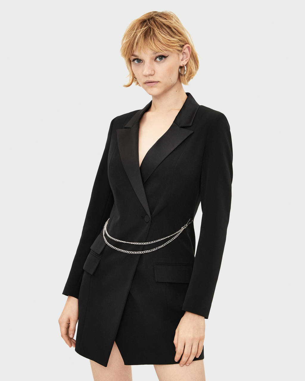 Blazer-style dress with chain