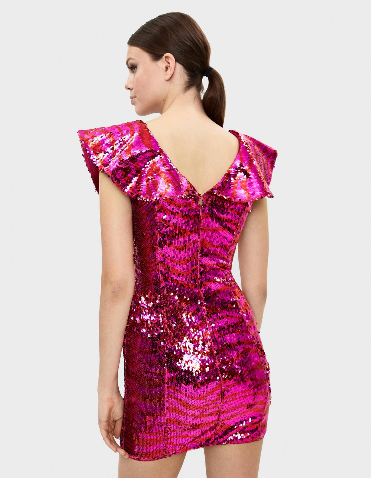 Платье с воланом и пайетками Розовый Bershka
