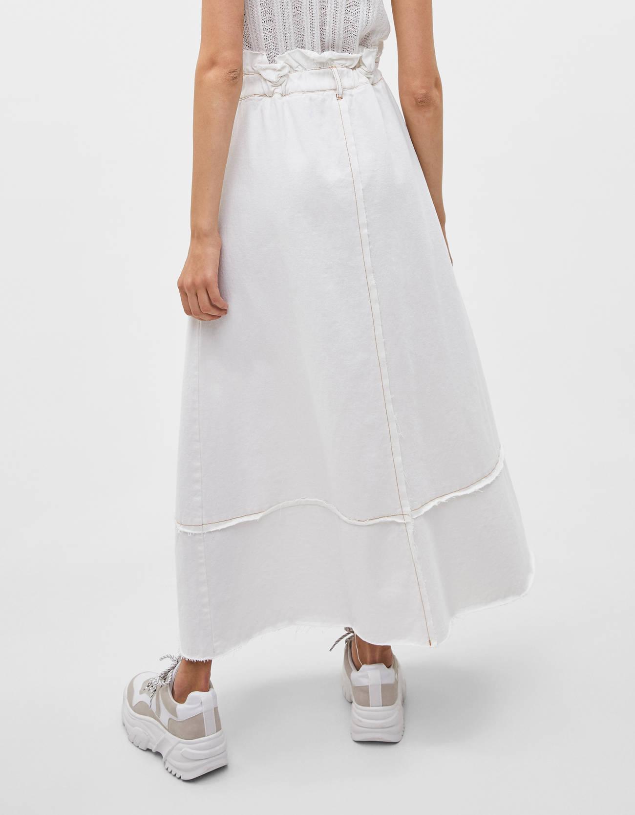 Длинная джинсовая юбка Бежевый Bershka