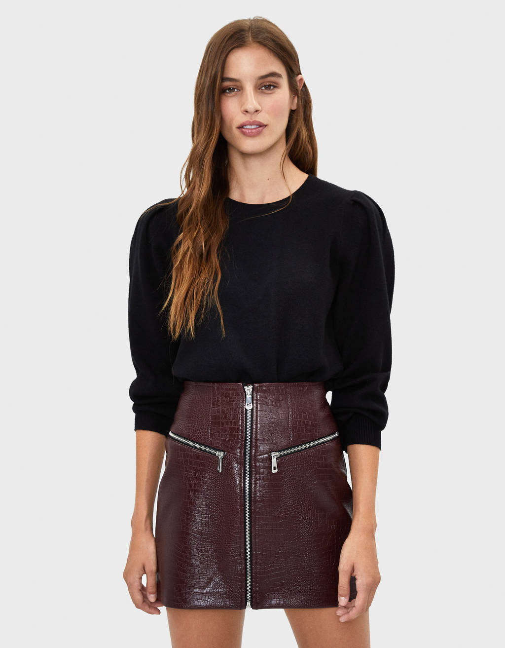 Zipped faux leather skirt