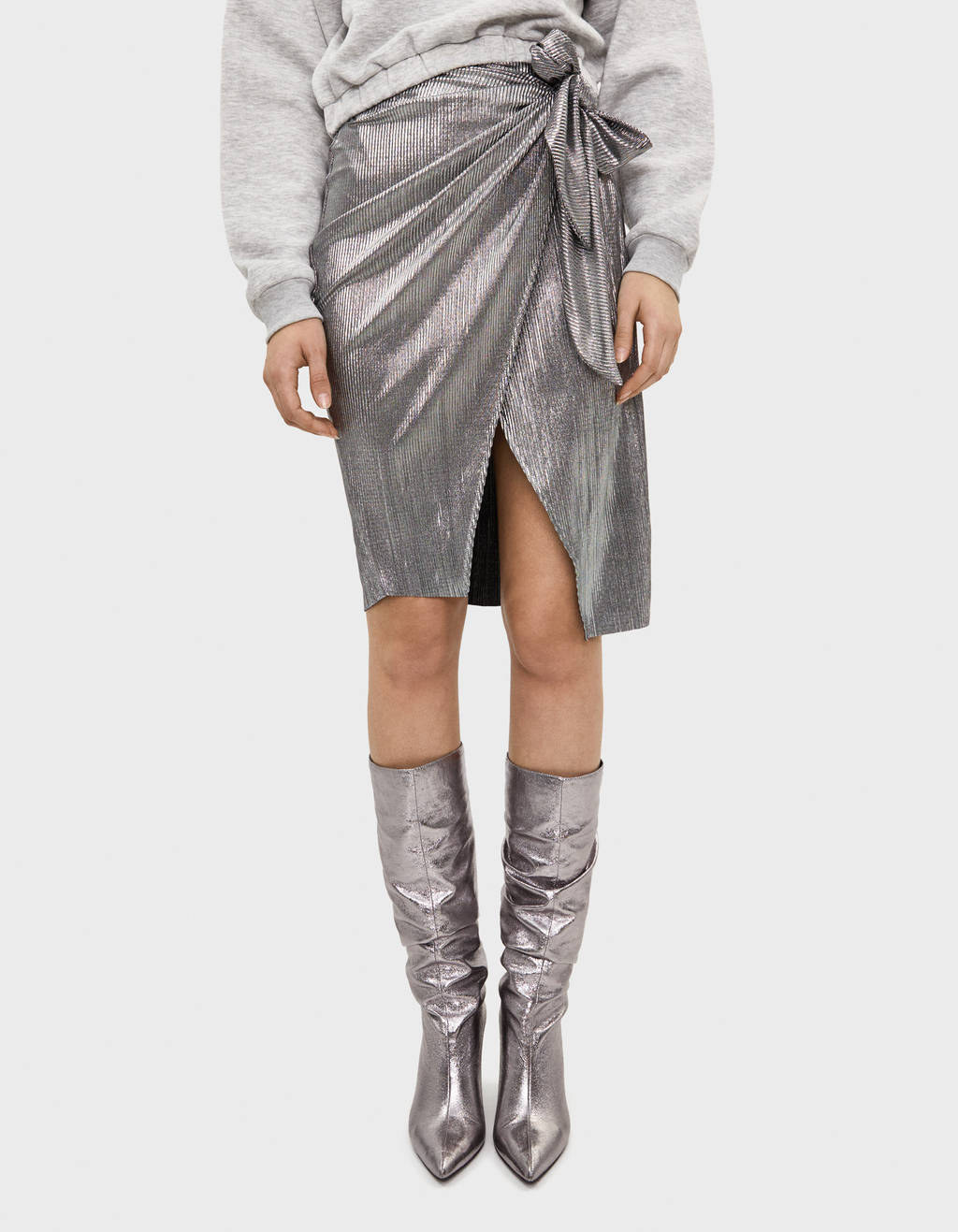 Metallic midi skirt with a slit
