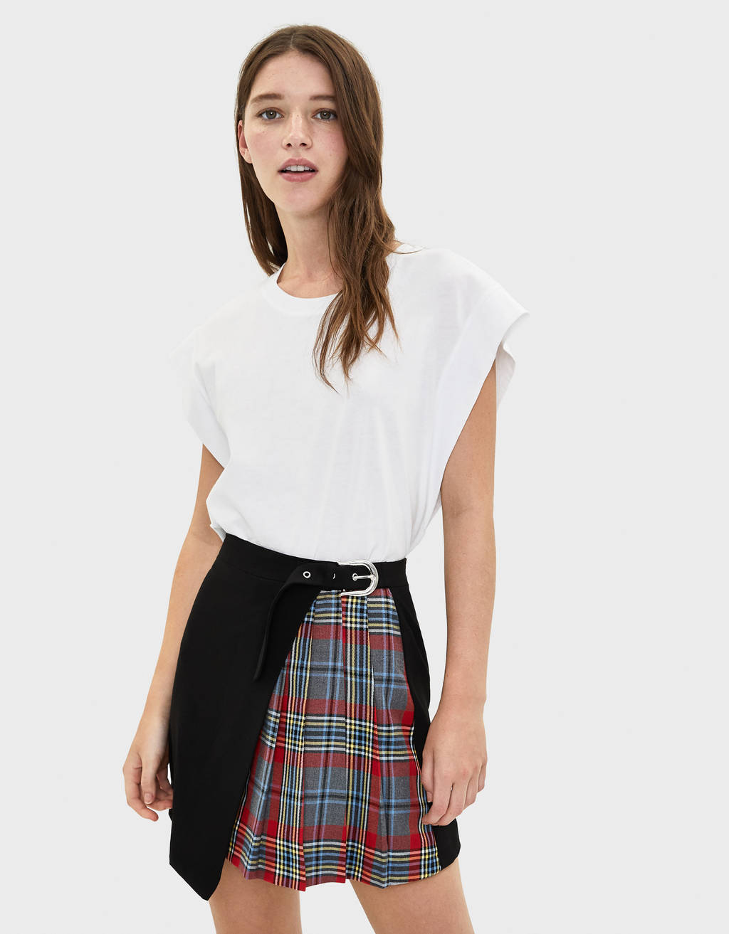 Check skirt with buckle