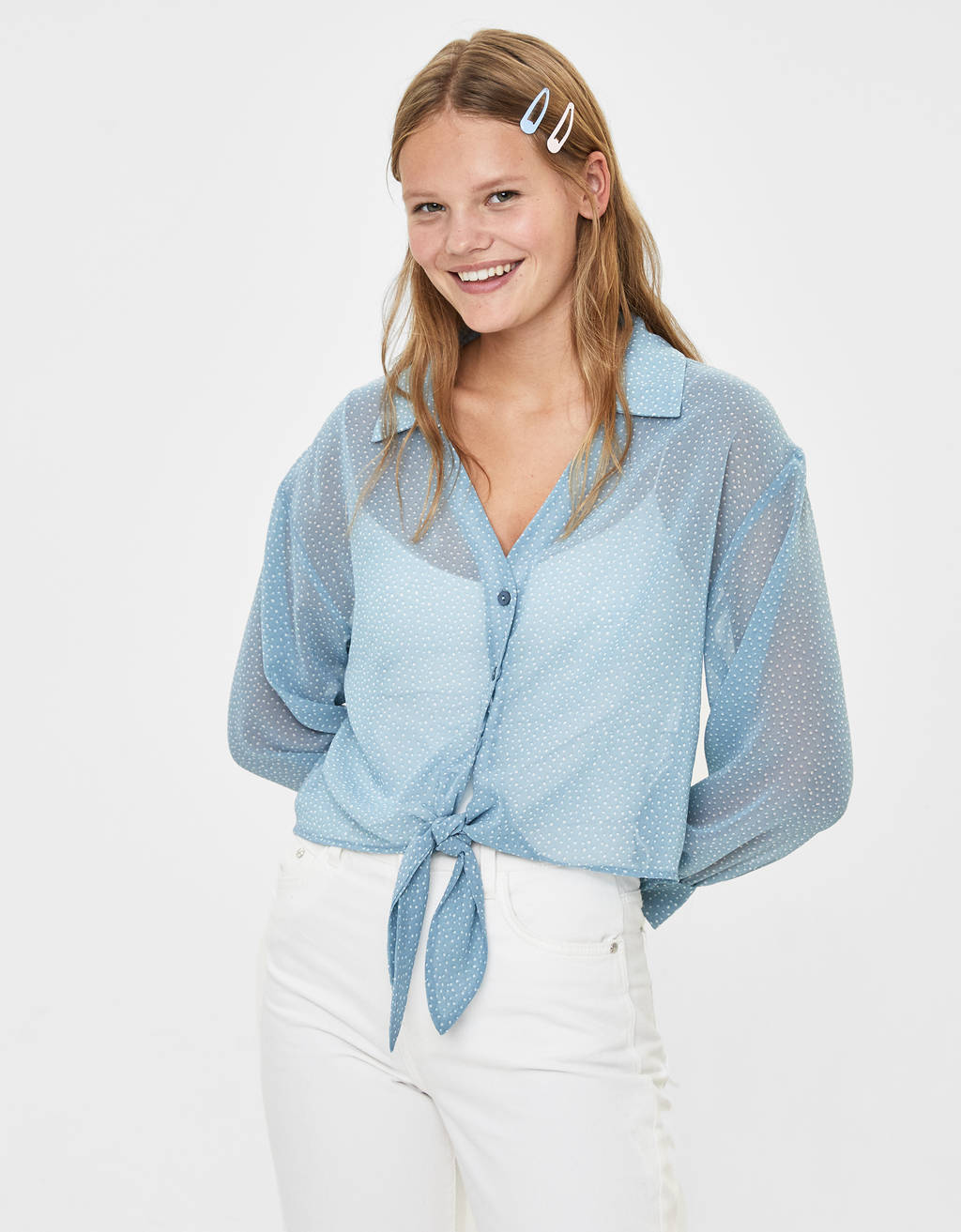 Long sleeve shirt with knot