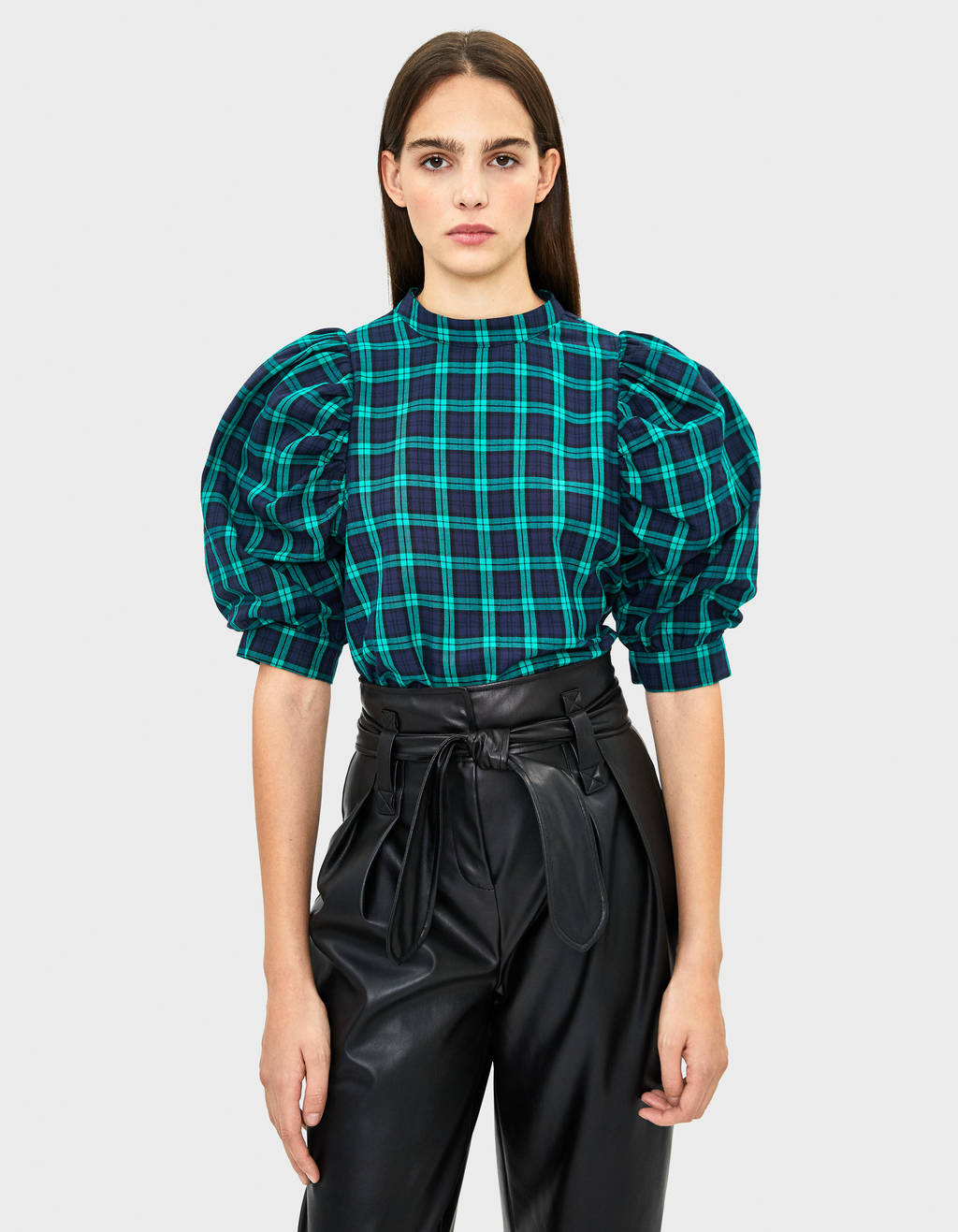 Check blouse with balloon sleeves
