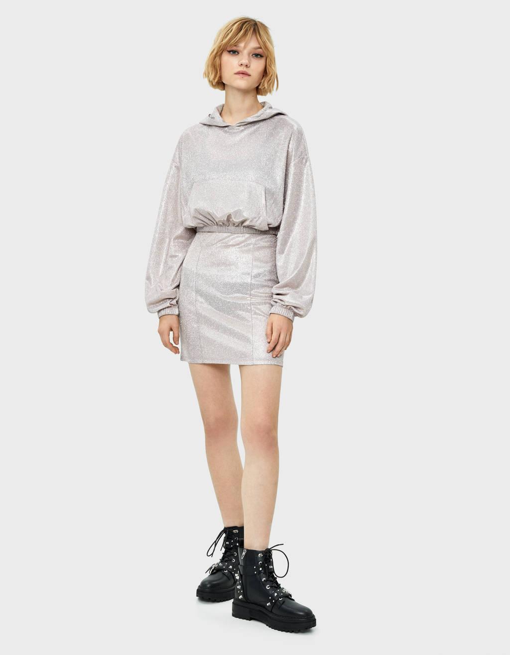 Metallic thread skirt