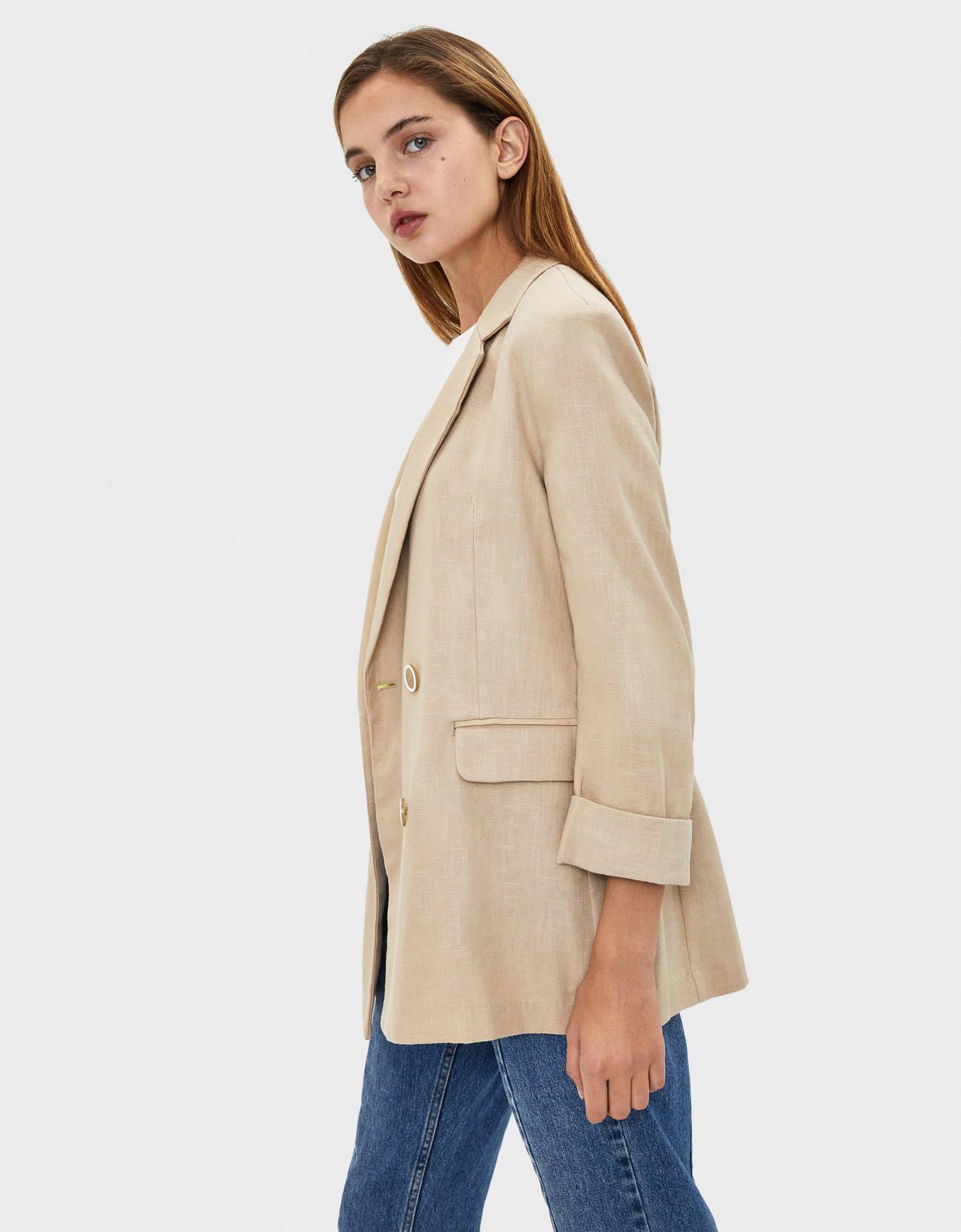 Пиджак изо льна с подворачиваемыми рукавами Бежевый Bershka