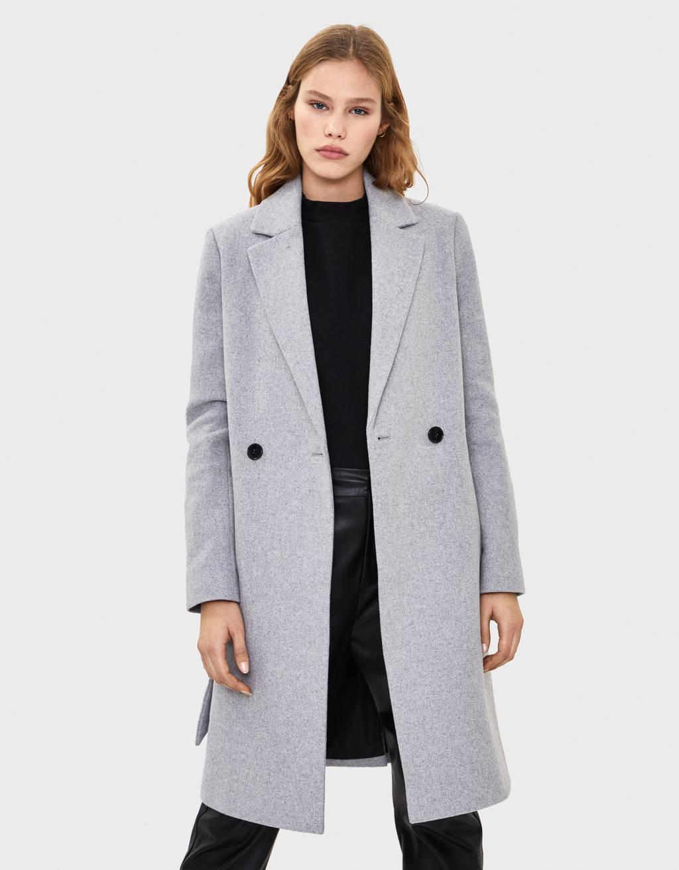 Frakke i uld med bælte