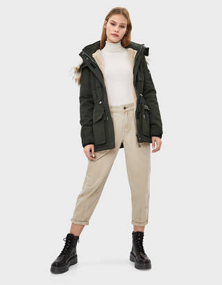 more photos a58c4 20a67 Parkas - Mäntel - KOLLEKTION - DAMEN - Bershka Germany