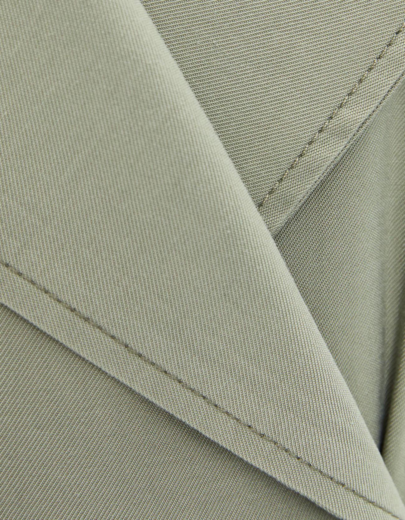 Тренч из струящейся ткани с поясом Хаки Bershka