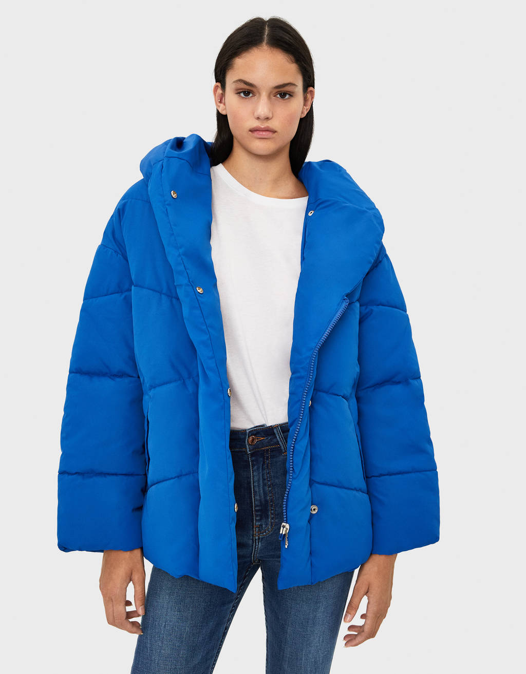 Puffer coat with a wraparound collar