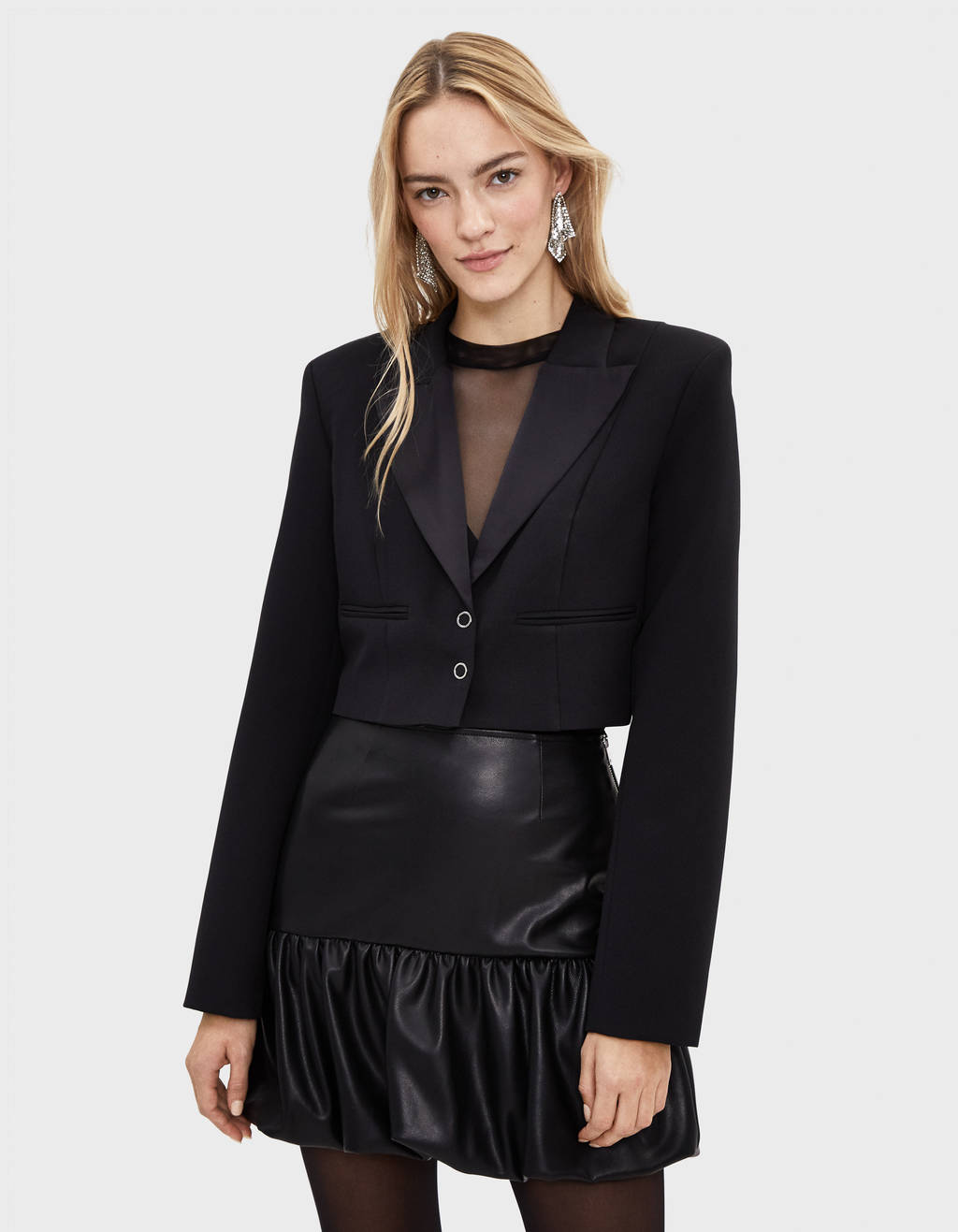 Cropped blazer with shoulder pads