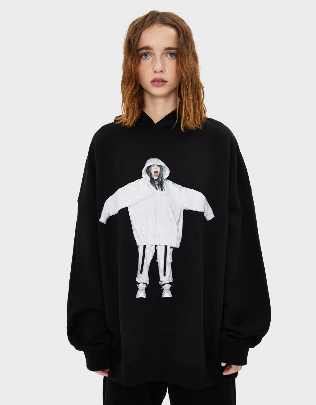 Billie Eilish x Bershka フーディ