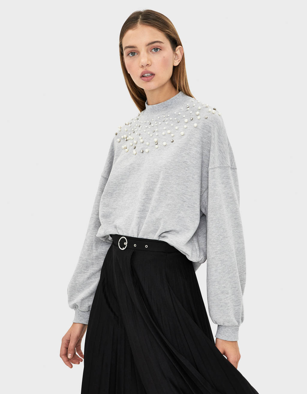 Sweatshirt embellished with faux pearls