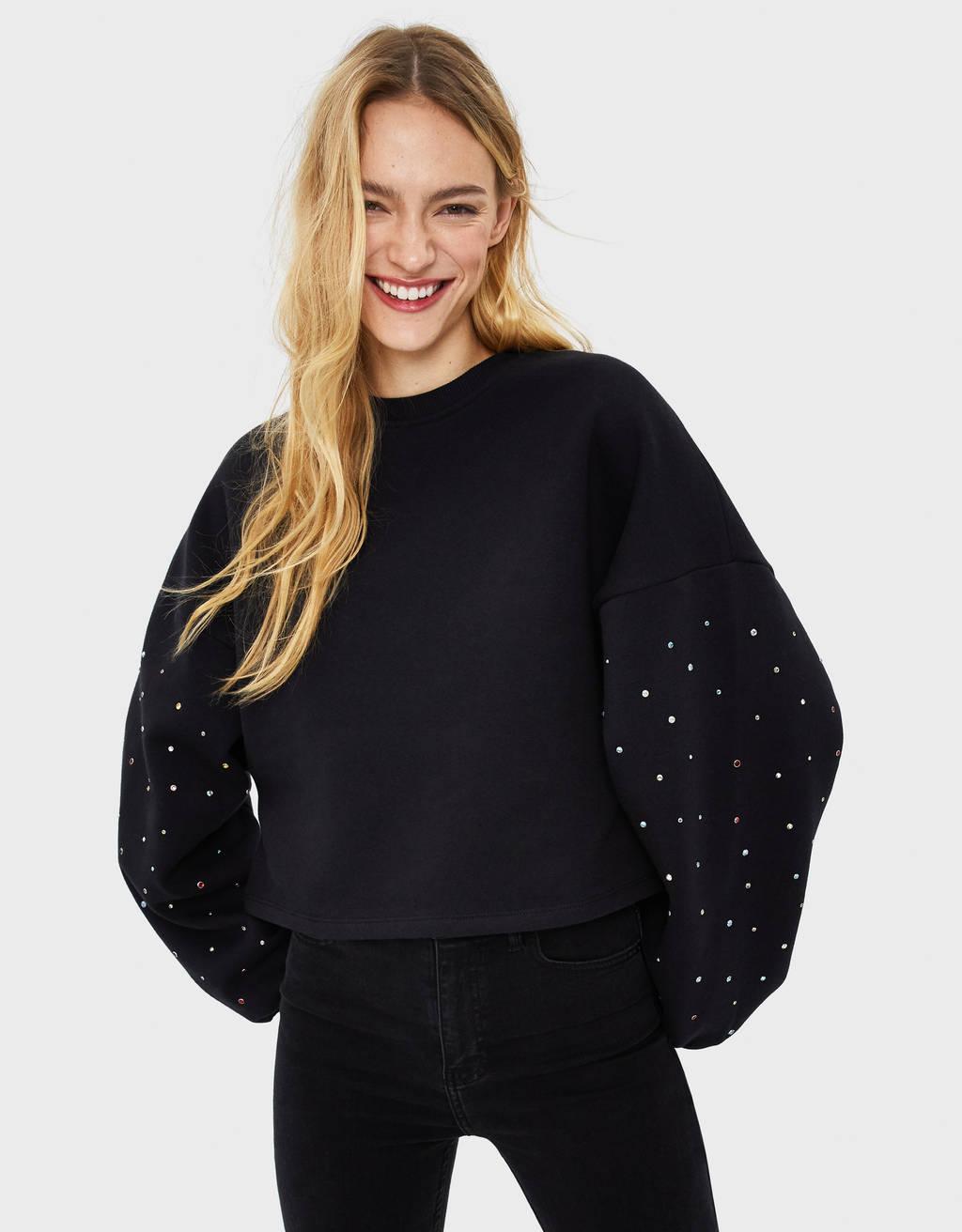 Pullover mit buntem Strass