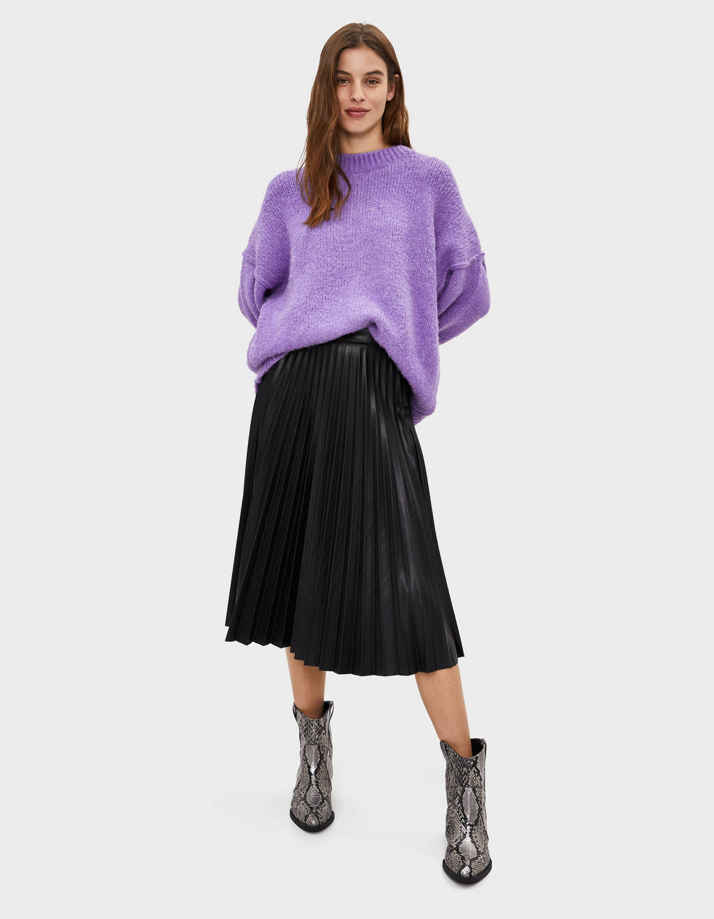 Round neck oversize sweater