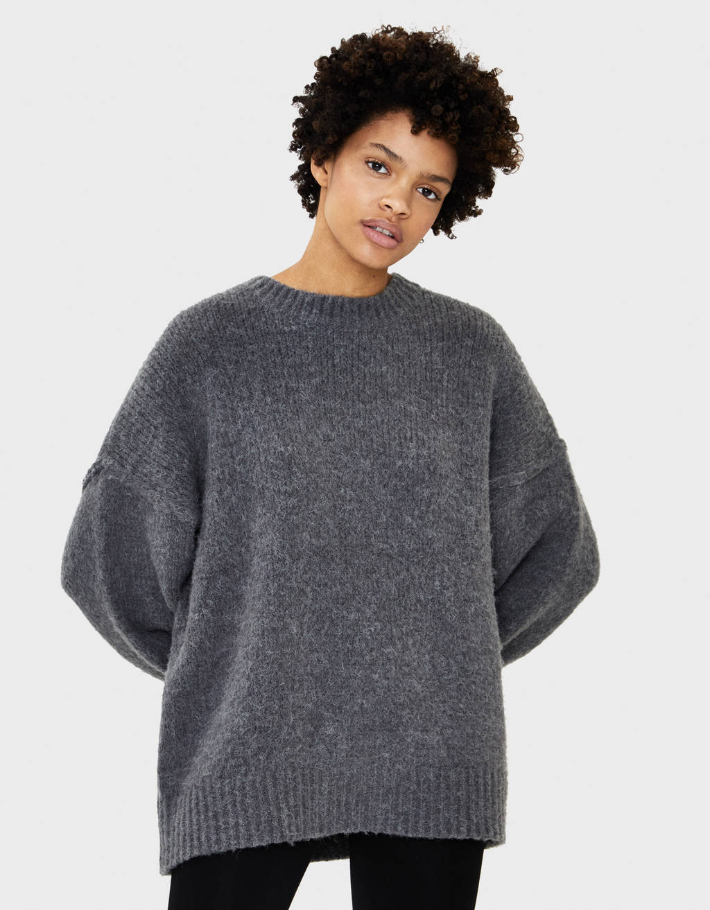 Round neck oversize sweater