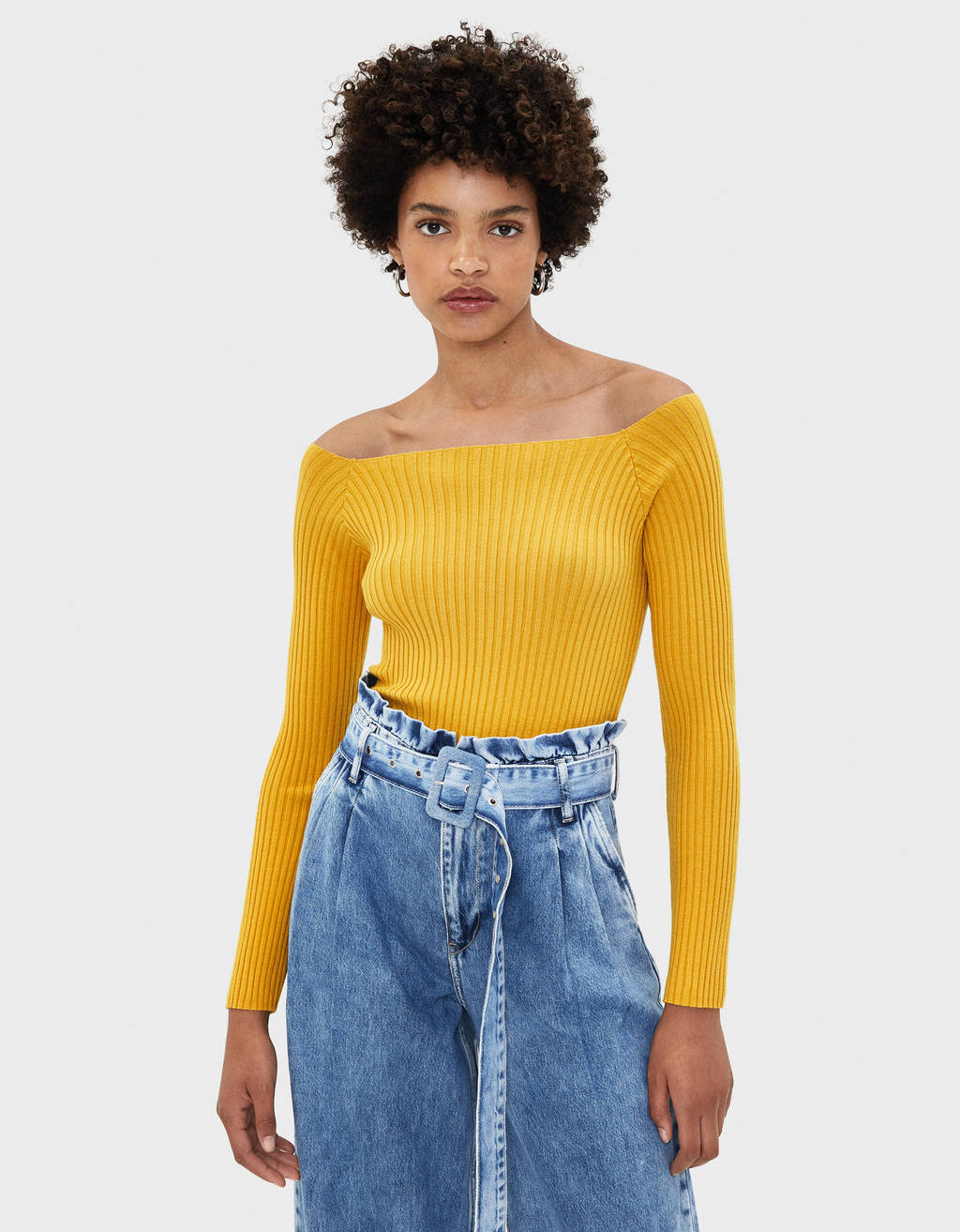 Langærmet off-shoulder sweater