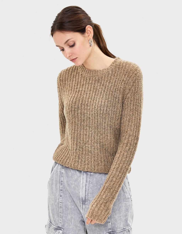 Rebrasti prošarani pulover