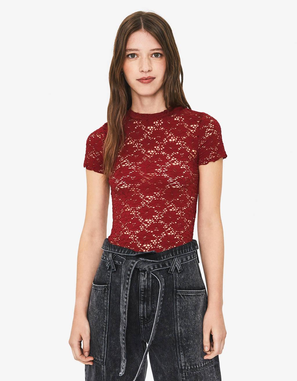T-shirt en dentelle