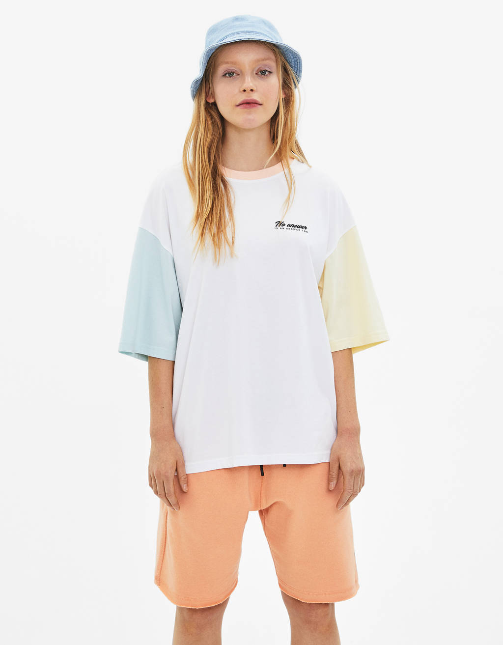 Color block T-shirt with print