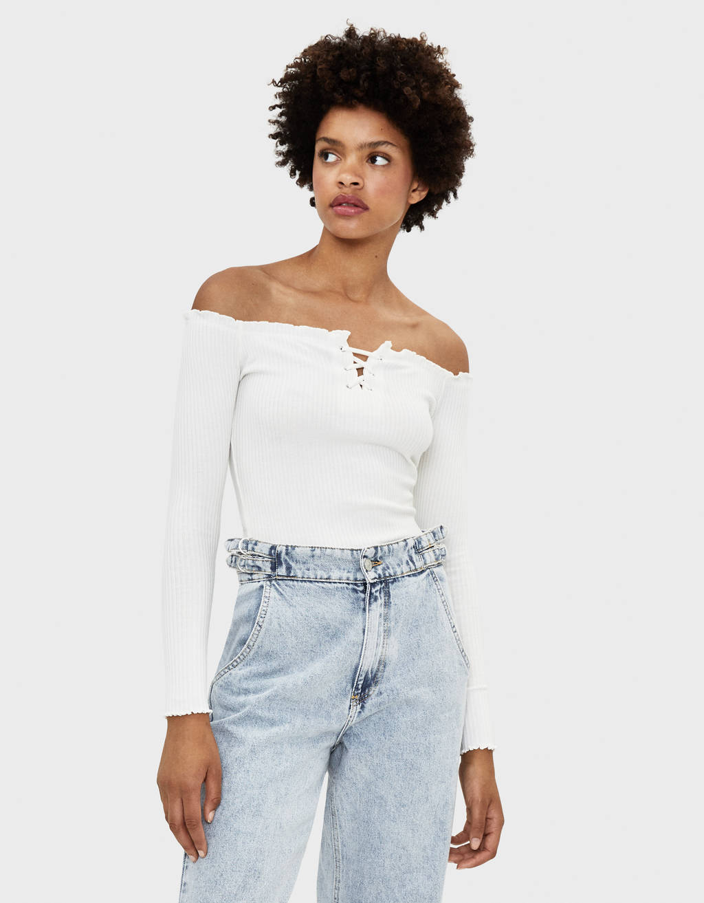 Tie front off-the-shoulder T-shirt