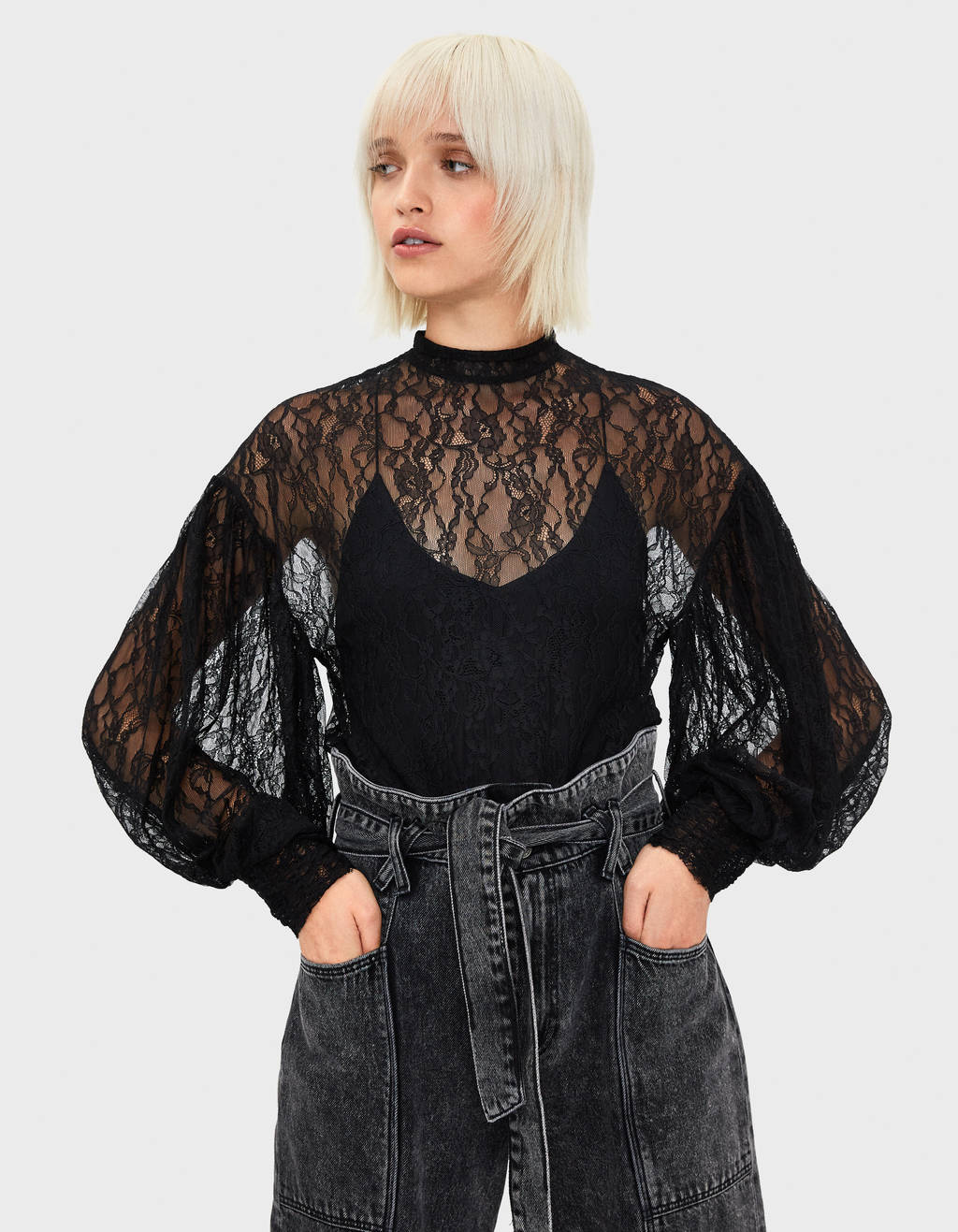 Lace puff sleeve T-shirt