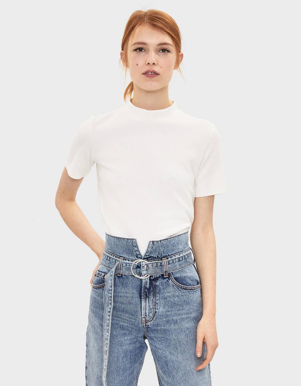 하이넥 티셔츠