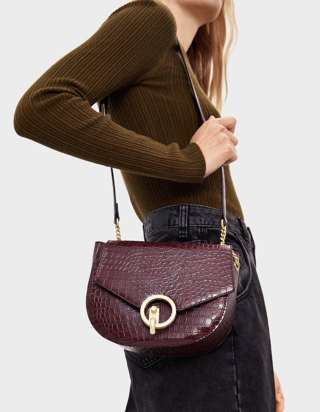Timsah derisi görünümlü çanta