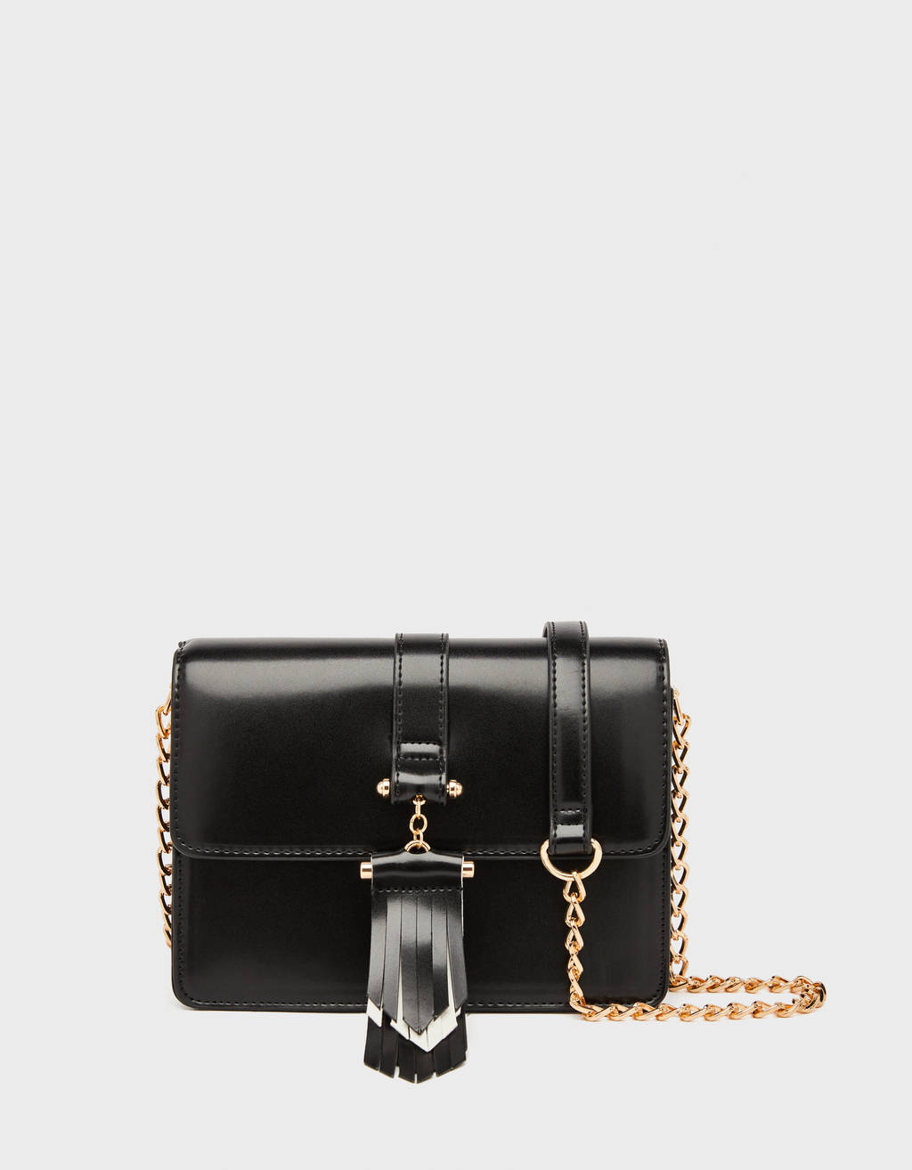 Crossbody bag with fringing