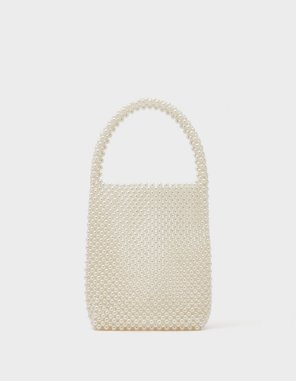 Handbag with faux pearls