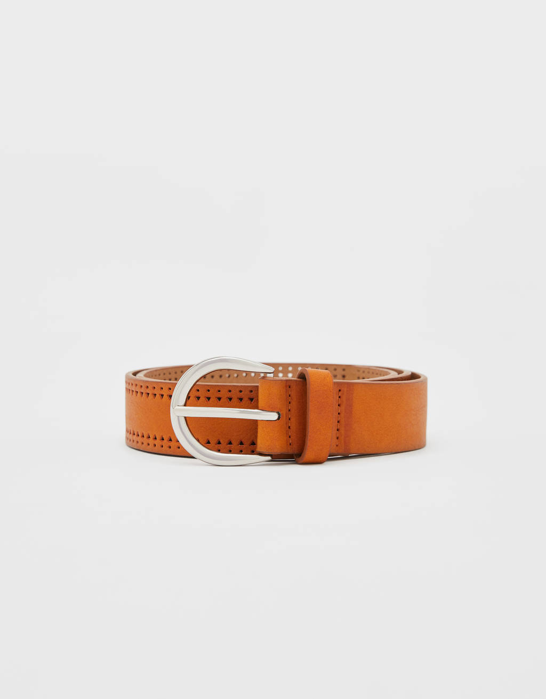 Cinturón perforado