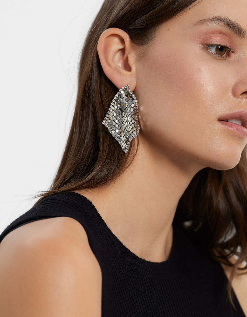 Shiny mesh earrings