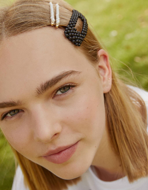 Faux pearl hair clips