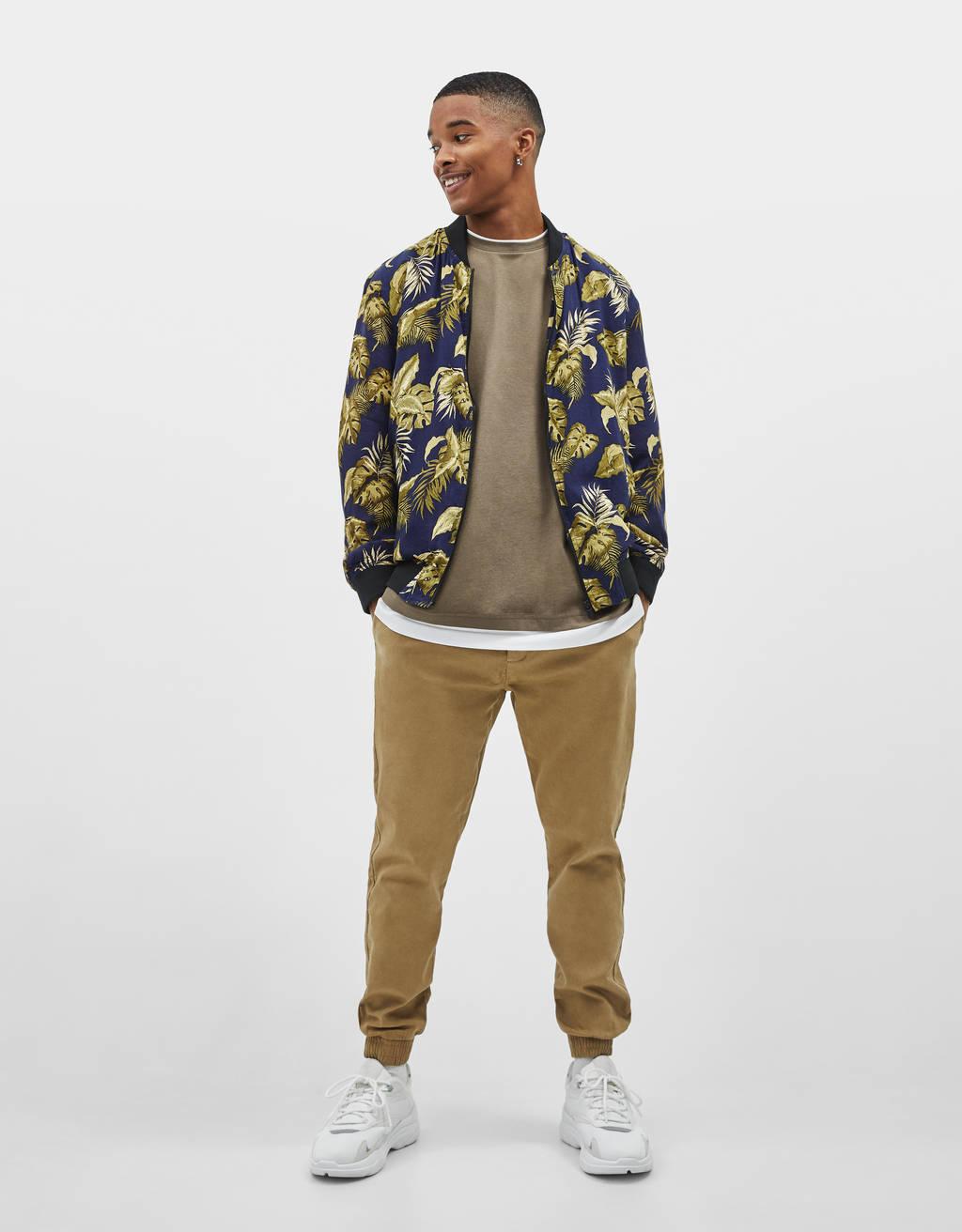 Bomber jakna s uzorkom