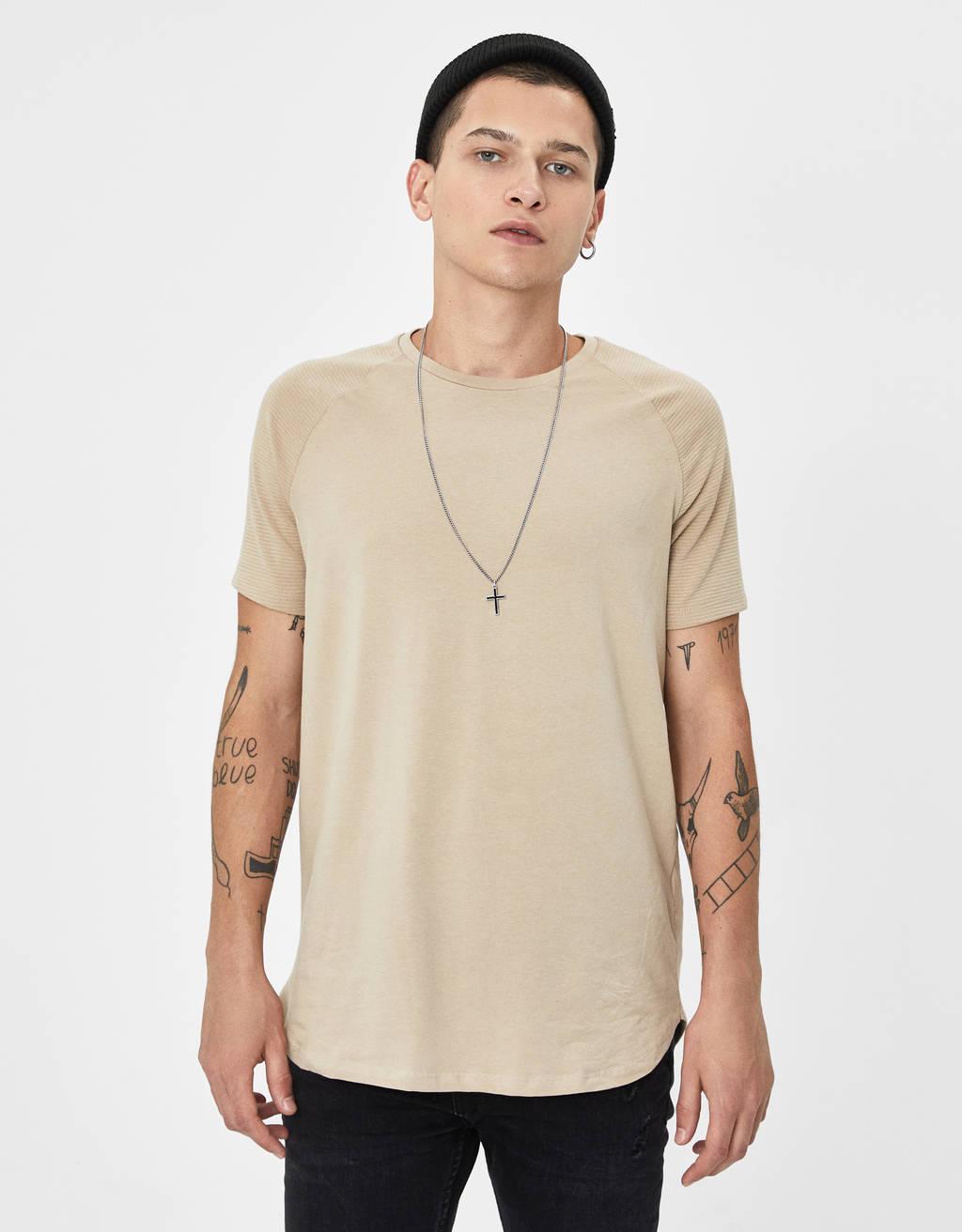 T-shirt à manches raglan