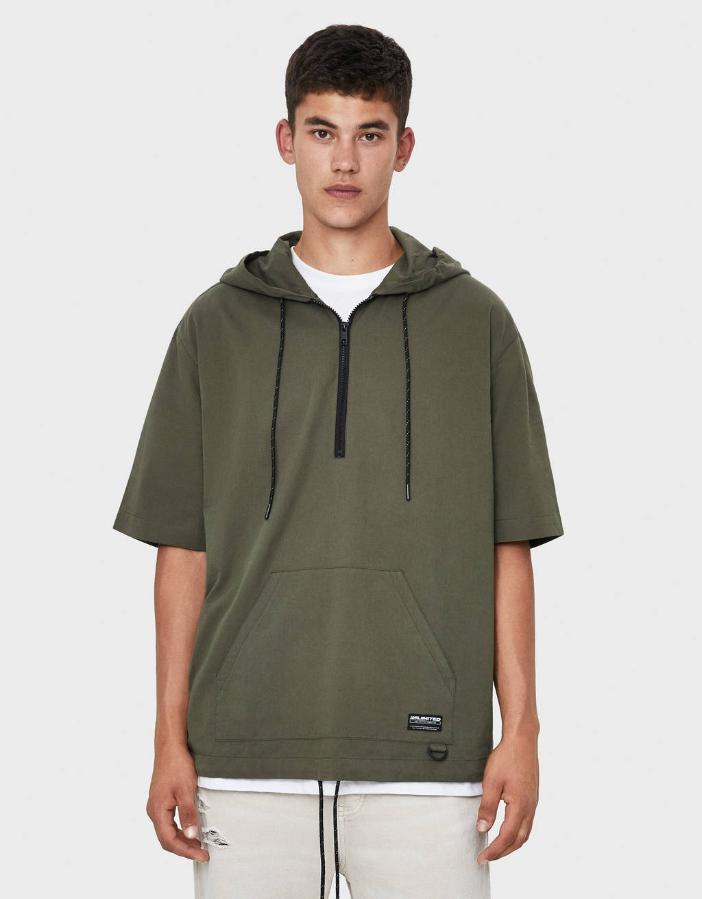 Hooded pouch pocket shirt