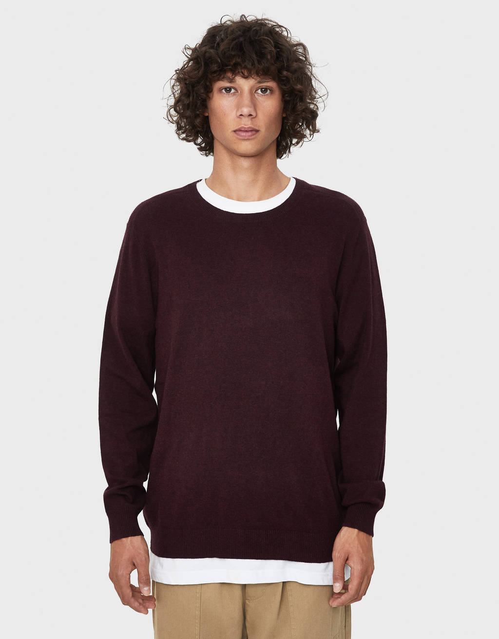 Sweater com decote redondo